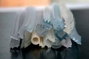 Уплотнителю для окон ТРЕ можно придать сколь угодно сложную форму в сечении, какой угодно цвет